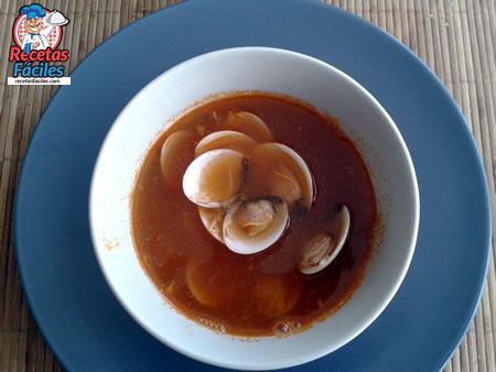 Recetas Fáciles de Sopa de Almejas