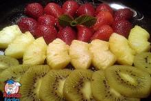 Recetas Fáciles de Frutas Kiwi, Fresas y Piña Natural