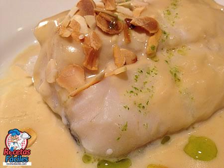 recetas fciles de bacalao confitado con salsa de puerros y ajos tostados