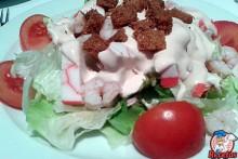 ensalada-gambas-palitos-salsa-rosa-1