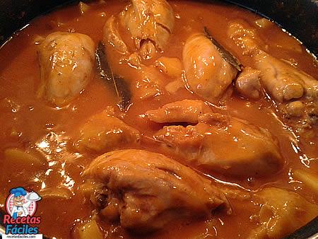 Recetas Fáciles Muslos de Pollo con Tomate y Patatas