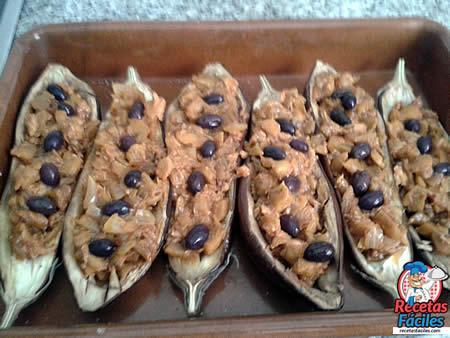 berenjenas-rellenas-atun-queso-aceitunas-2