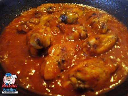 Recetas Fáciles - Alitas de Pollo con Tomate