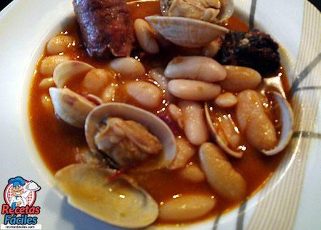 Recetas fáciles de Fabada o Judías Blancas con Almejas