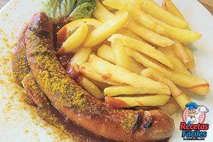 Salchichas currywurst